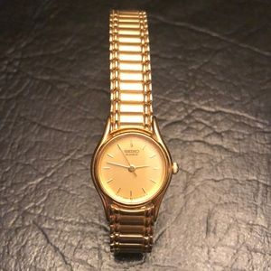 "🌼Vintage Gold ""Seiko"" Watch"